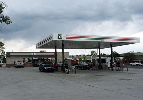 7-11 Convenience Store & Gas Station